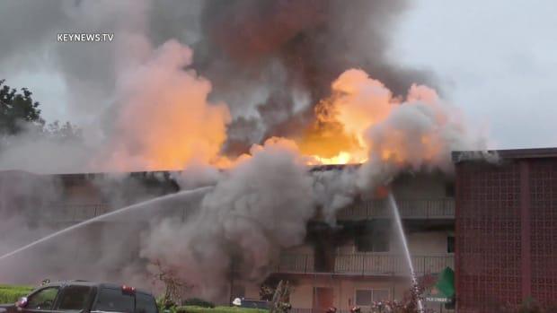 Apartment Complex Burns in Tukwila