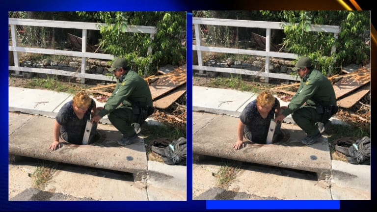 ILLEGAL IMMIGRANTS WALK IN SEWERS TO LIVE IN USA