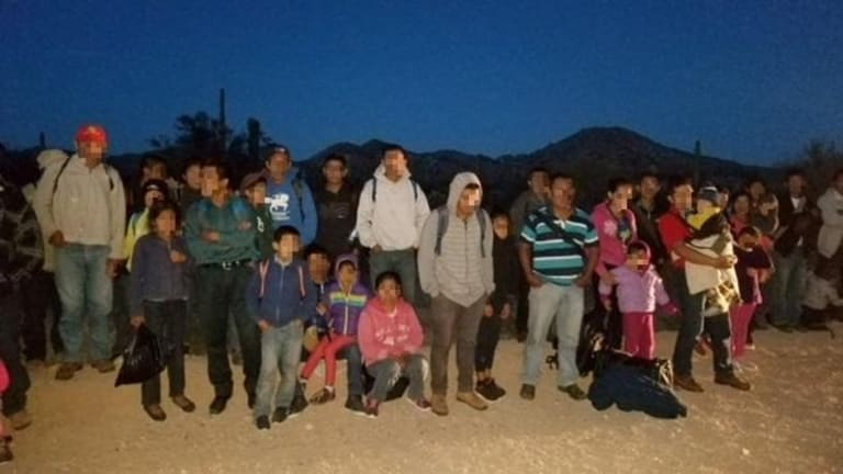 LARGE GROUP OF ILLEGAL IMMIGRANTS ROUNDED UP IN NEW MEXICO BY BORDER PATROL