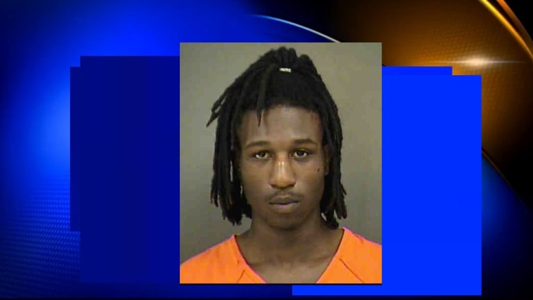 FACEBOOK CELL PHONE DEAL ENDS IN ROBBERY FOR A WOMAN