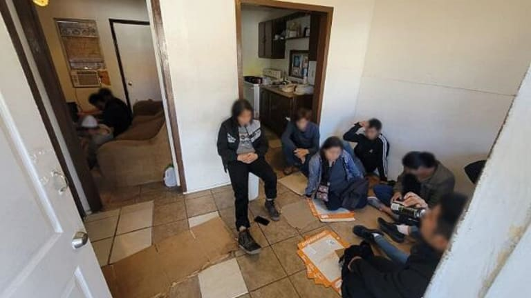 24 ARRESTED INSIDE RESIDENCE DURING ILLEGAL IMMIGRATION CRACK DOWN
