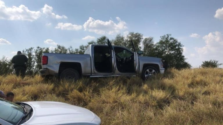 10 ILLEGAL IMMIGRANTS ARRESTED IN STOLEN TRUCK