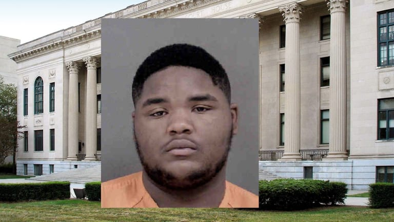 CONVICTED FELON GETS 6 YEARS IN PRISON FOR ILLEGAL POSSESSION OF GUN