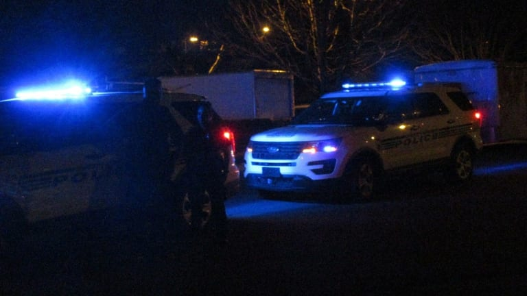 MAN SHOT AT APARTMENTS ON EASTWAY DRIVE