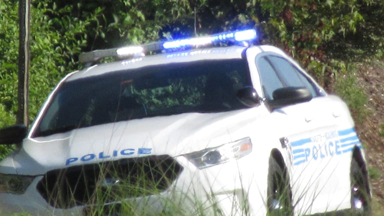 MAN KILLED IN SHOOTING NEAR ROZZELLES FERRY ROAD