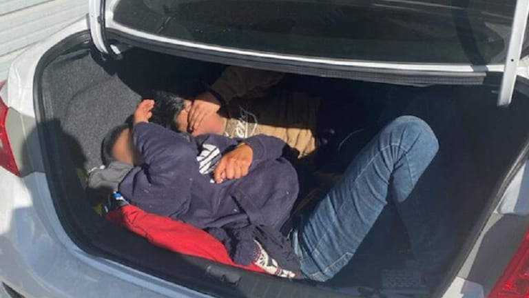 2 UNDOCUMENTED IMMIGRANTS FOUND HIDING IN TRUNK AT IMMIGRATION CHECKPOINT
