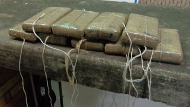 TEXAS WOMAN CAUGHT WITH $188,000 IN COCAINE