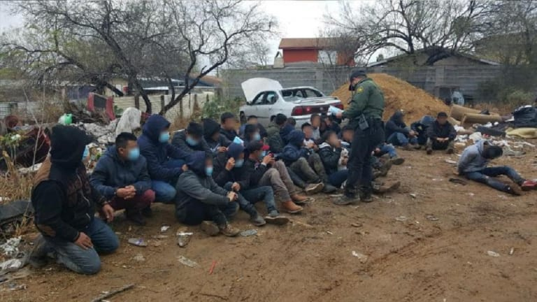 BORDER PATROL AGENTS SHUT DOWN STASH HOUSE FOR ILLEGAL IMMIGRANTS