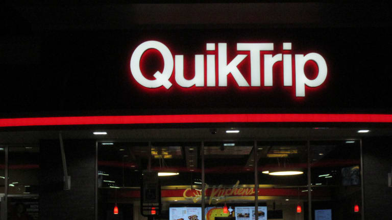 CHARLOTTE MAN WINS $696,227 LOTTERY AT QUIK TRIP ON CENTRAL AVE.