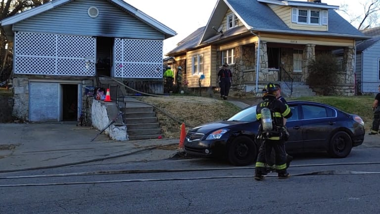 Structure Fire on Bellefontaine Avenue in Kansas City Displaces Five People