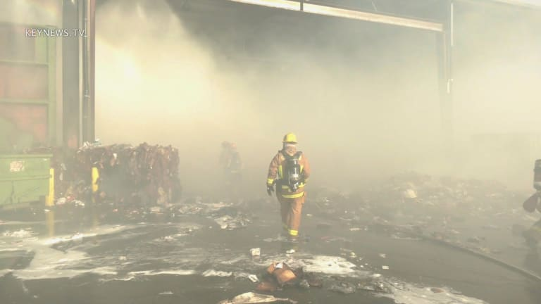 Heavy Smoke Challenges Firefighters at Glendale Recycling Center Fire