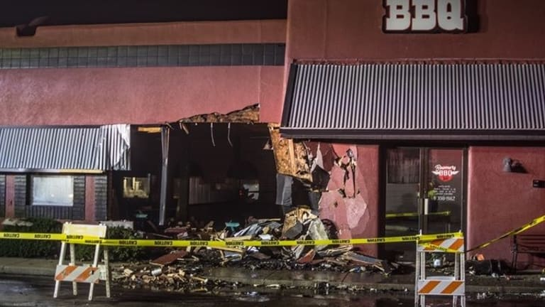 Pursuit Ends in Carthage After Suspects Crash Into Restaurant