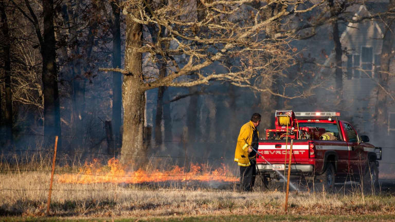 Small Grass/Brush Fire in Rural Newton County Mo