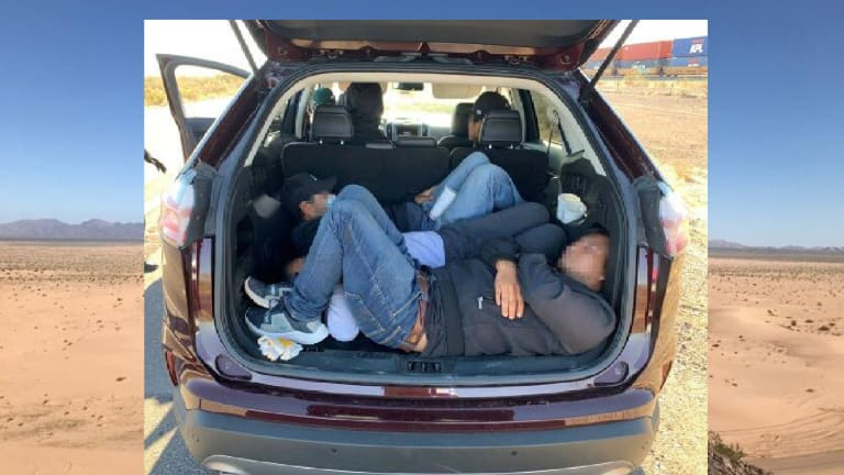 FEDERAL AGENTS STOP IMMIGRATION SMUGGLING ATTEMPT