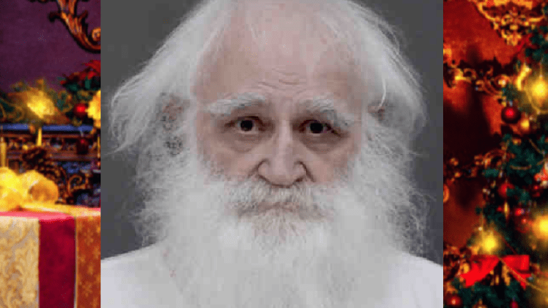 SANTA CLAUS ARRESTED ON CHILD PORNOGRAPHY CHARGES , WAS EX-CON FROM MURDER