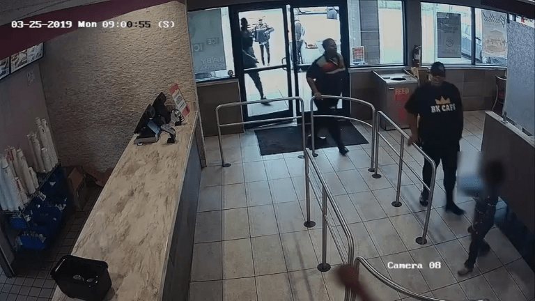 VIDEO: MAN ENTERS BURGER KING AND STRANGLES FEMALE EMPLOYEE, GETS KILLED BY COP