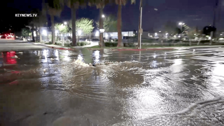 Water Main Break Sends Gallons of Water into a Glendale Intersection