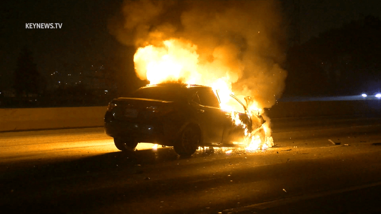Vehicle vs Big Rig Fiery Crash in Griffith Park