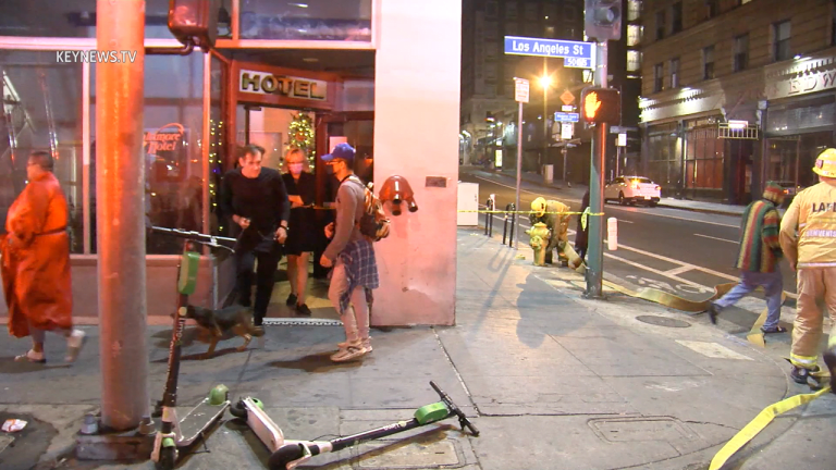 4th Floor Unit Fire Evacuates Residents onto Street Sunday Night in DTLA
