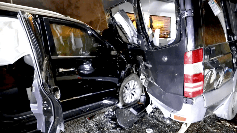 Two Injured after DUI 3-Vehicle Collision in Glendale