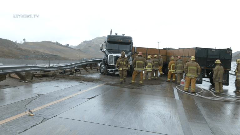 4 Big Rigs Traffic Collision on Northbound 5 Freeway in Granada Hills