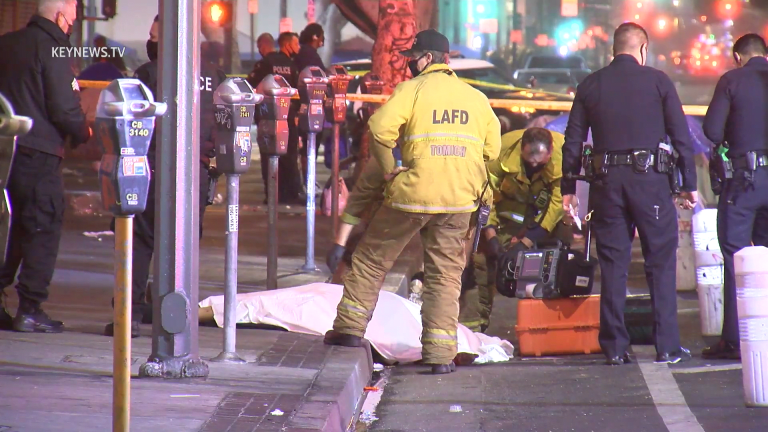 Man Fatally Shot in Downtown Los Angeles (Graphic)