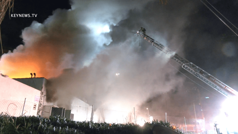 Abandoned Acapulco Restaurant Fire Escalates to Major Emergency Structure Fire