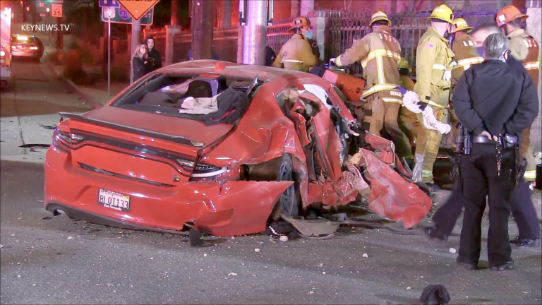 3 Injured in Sylmar Vehicle Collision Early Sunday Morning