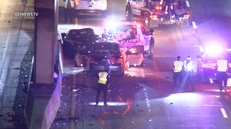 Man Jumping off Freeway Overpass Resulted in Two-Vehicle Collision (Graphic)