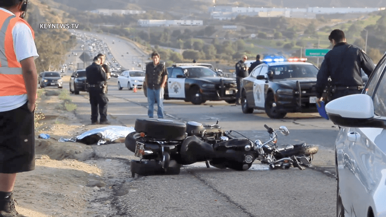 Motorcyclist Killed in Collision with Big Rig on 14 Freeway (GRAPHIC)