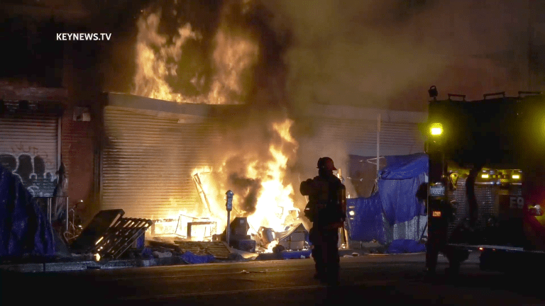 DTLA Outside Fire Spreads to Commercial Building