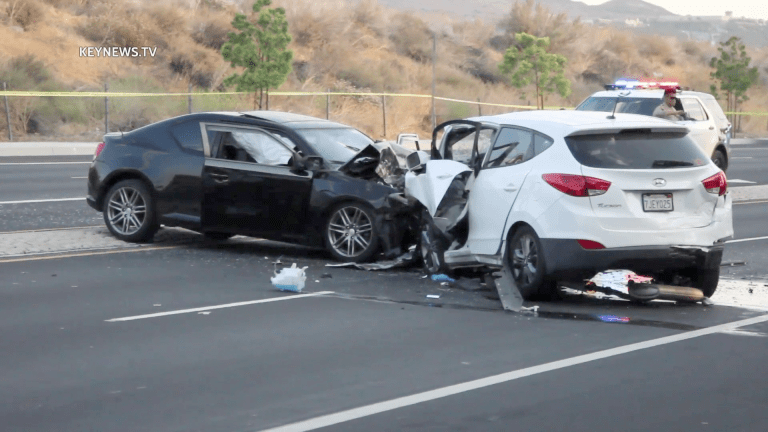 1 Killed in Canyon Country Three-Vehicle Collision, 1 Transported to Hospital