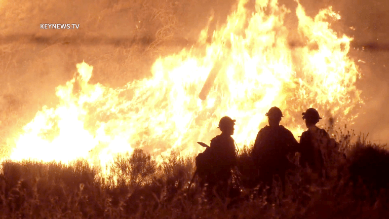 Overnight 1700 Acre Shell Fire Burns in Kern County