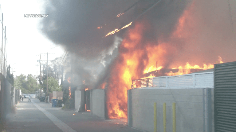 Multiple Structures Burn in Sun Valley