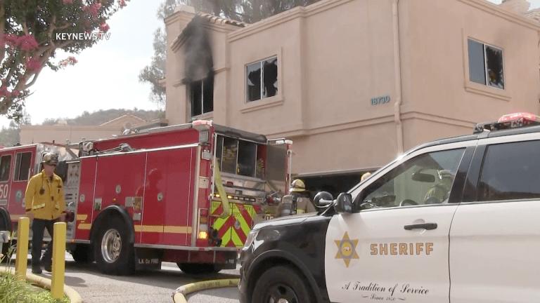 Firefighters Quickly Extinguish Santa Clarita Apartment Fire