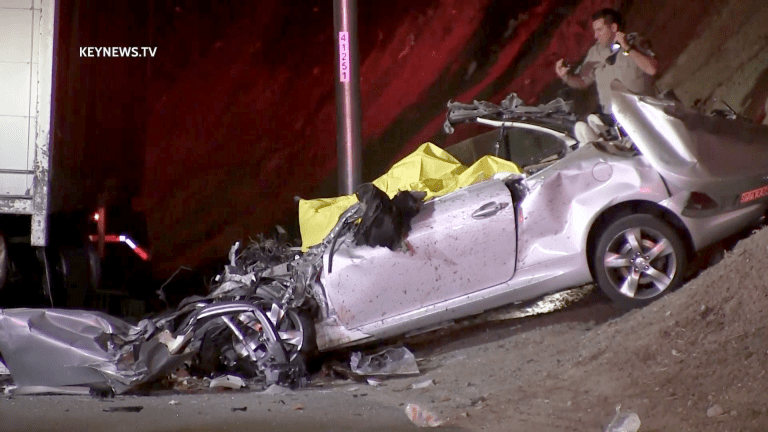 2 Decapitated in Crash with Big Rig Backside on I-5 Freeway
