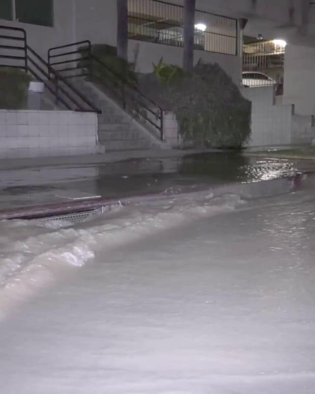 Water Gushes into Street from Water Main Break in Koreatown