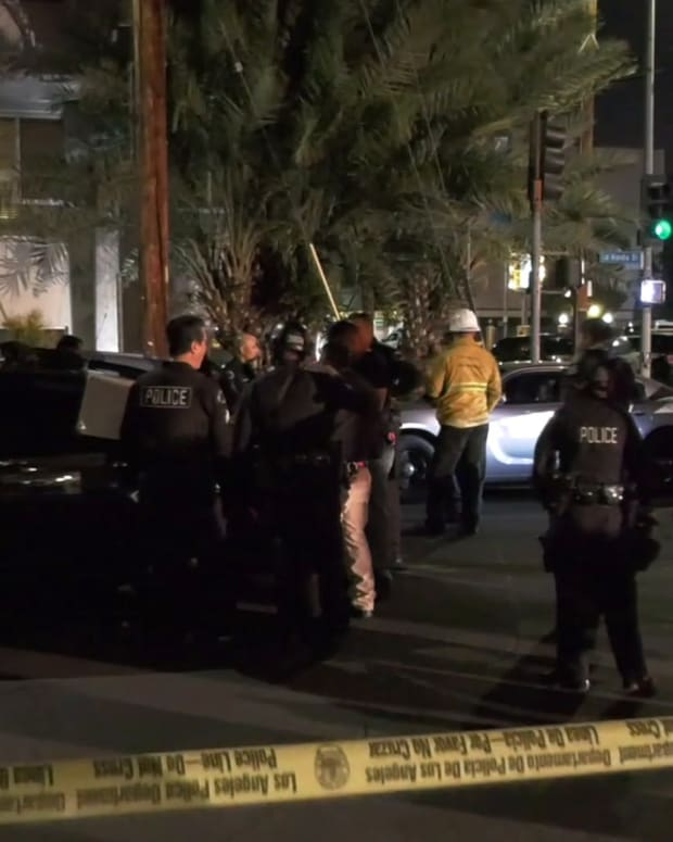 Barricaded Suspect in North Hollywood