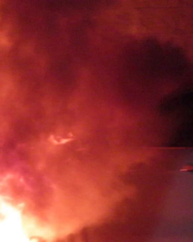 VIDEO CAR EXPLODES IN WAL-MART PARKING LOT, HUGE FIRE