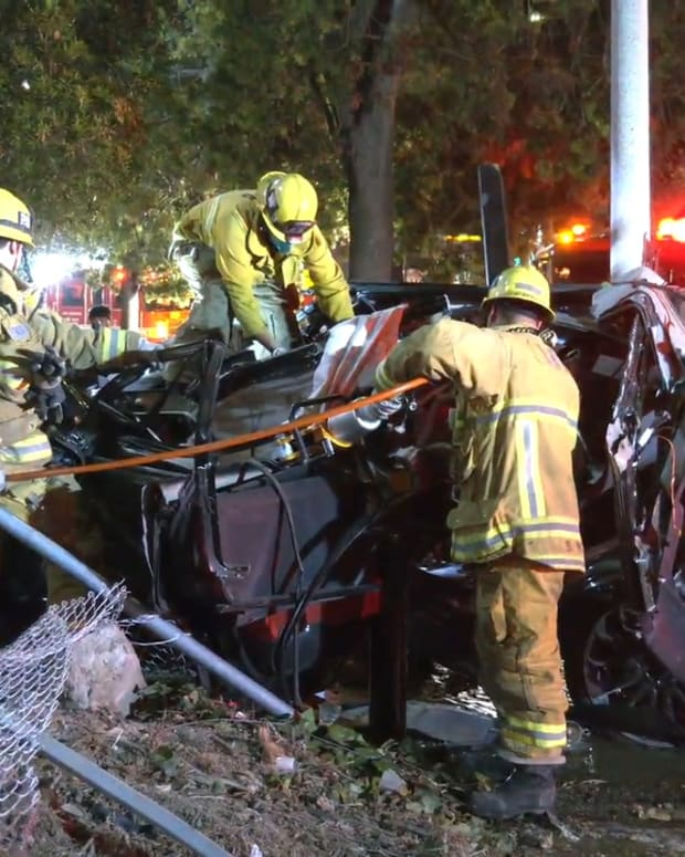 101 Collision at Vermont Off-Ramp Injures 3 People