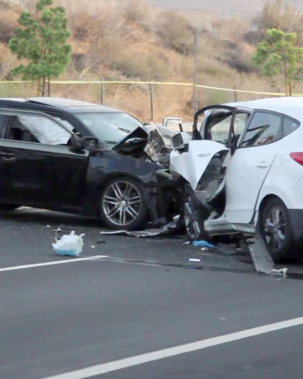Canyon Country Three-Vehicle Collision Kills One Person