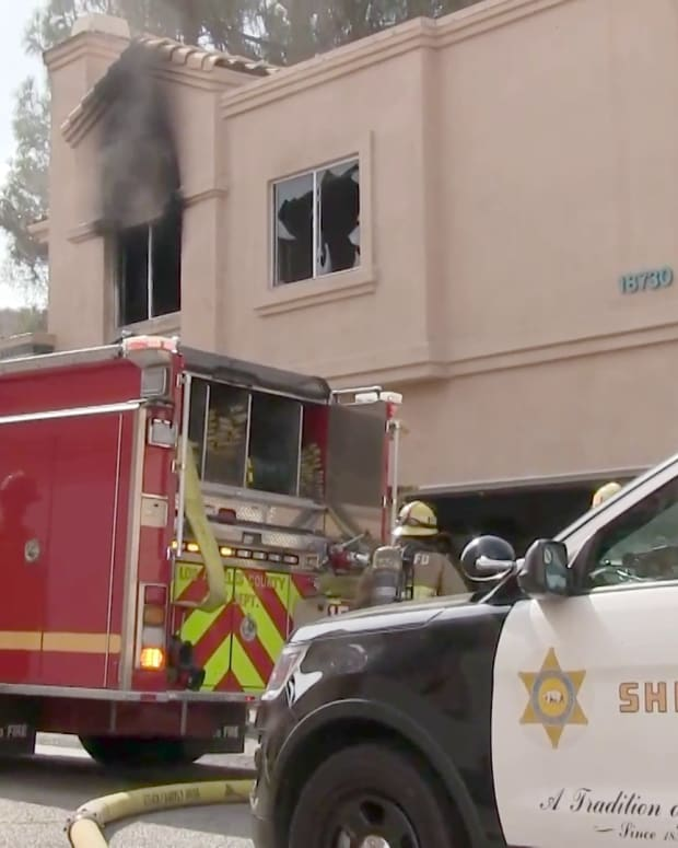 Apartment Fire Quickly Extinguished in Santa Clarita