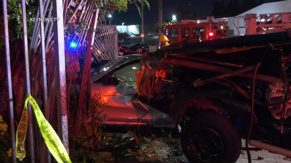 Van Nuys Collision on Haskell Avenue, One Transported to Hospital